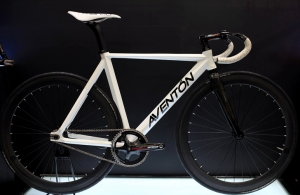 Aventon-Diamond-1
